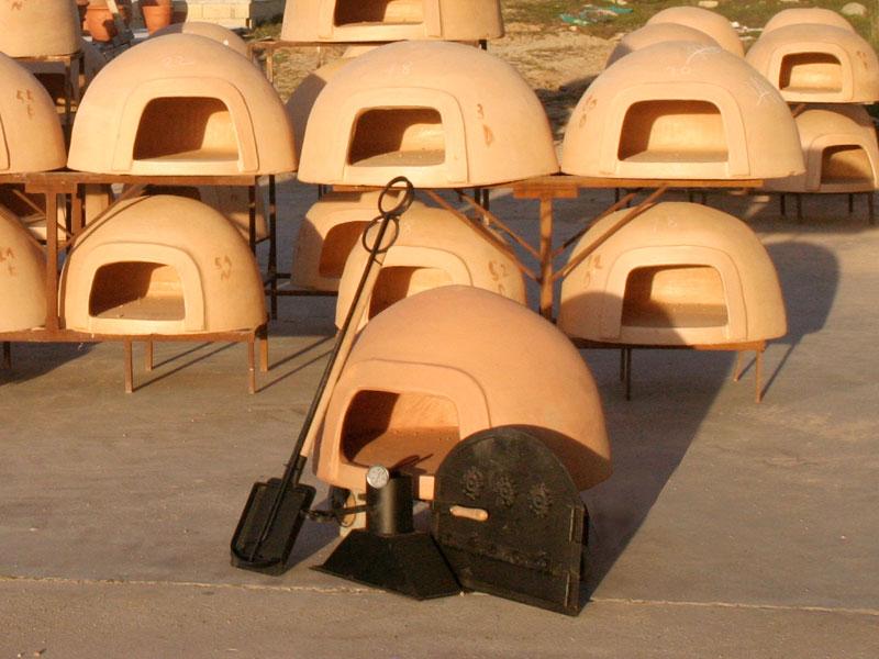 El horno moruno de pereruela la tradici n chimeneas s nchez - Materiales para hacer un horno de lena ...