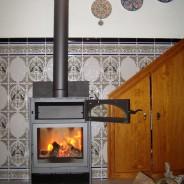 La estufa H5 de Carbel, en una casa de pueblo